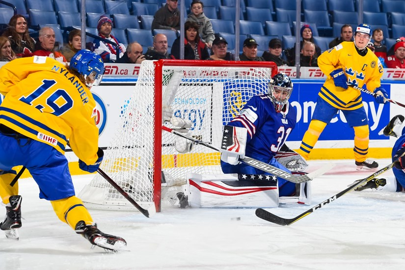 http://2018.worldjunior.hockey/media/1906686/27S_USA_SWE_0001.JPG?height=550&width=750